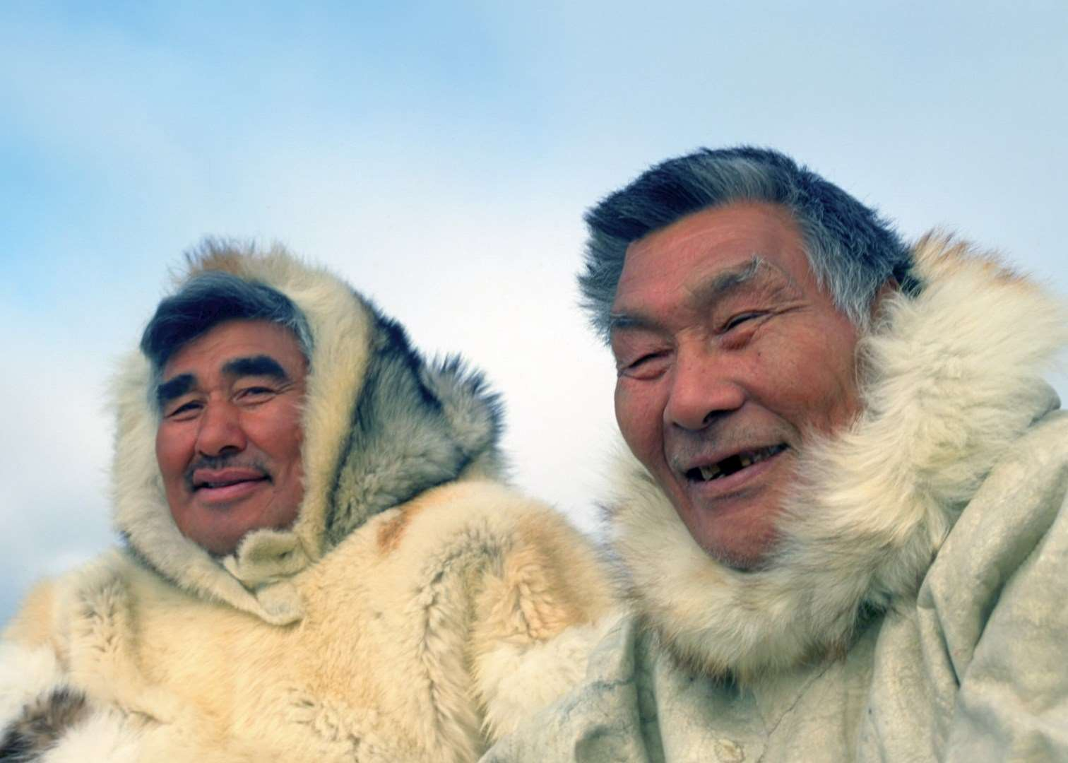 essay inuit people The inuit people essay 1383 words | 6 pages the inuit people the word eskimo is not a proper eskimo word it means eaters of raw meat and was used by the algonquin indians of eastern canada for their neighbours who wore animal-skin clothing and were ruthless hunters.
