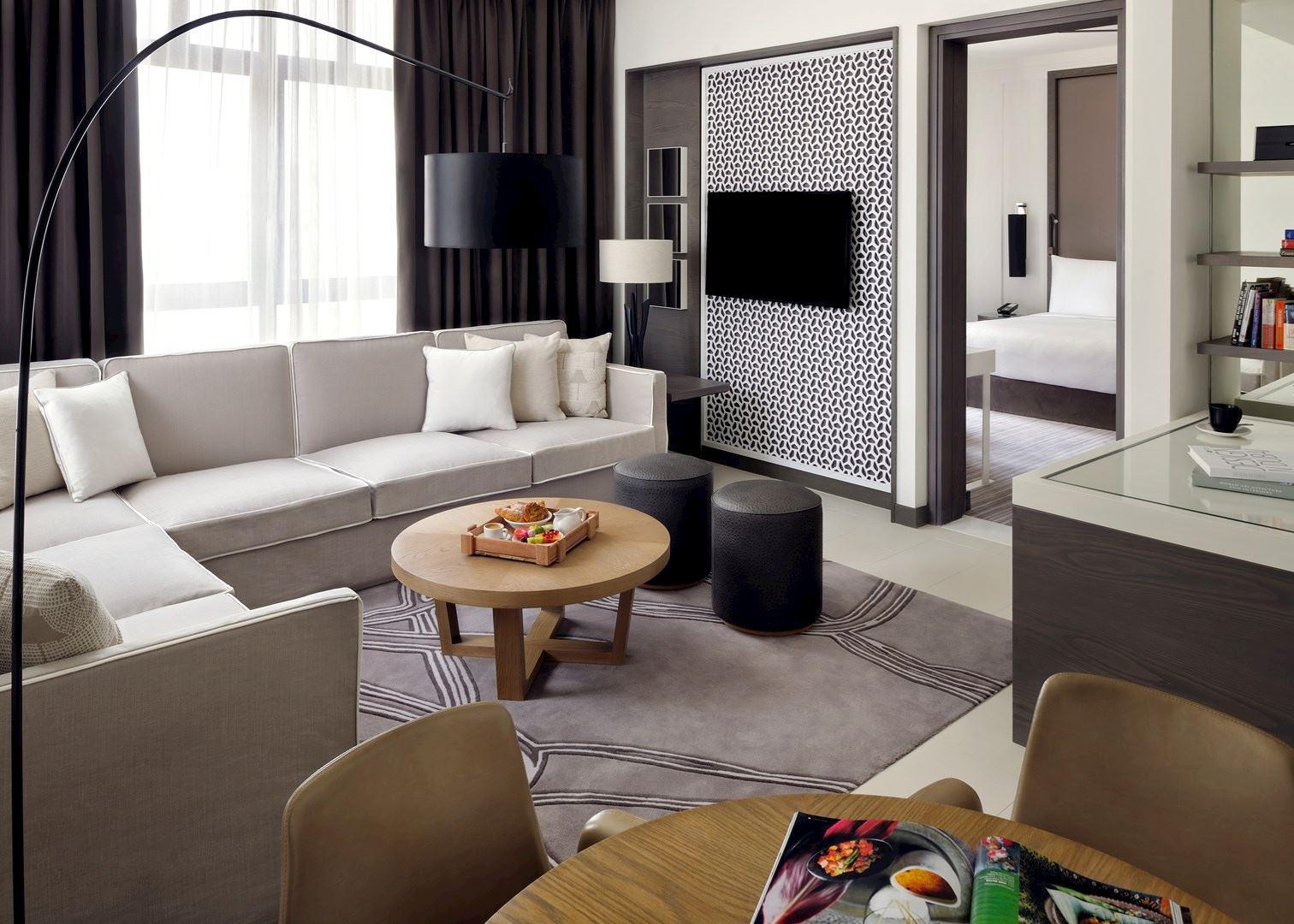 Q Home Decor Dubai Mall Best Decoration 2017