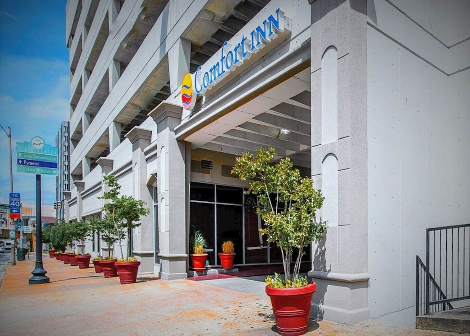 Comfort inn downtown hotels in memphis audley travel for Luxury hotels in memphis tn