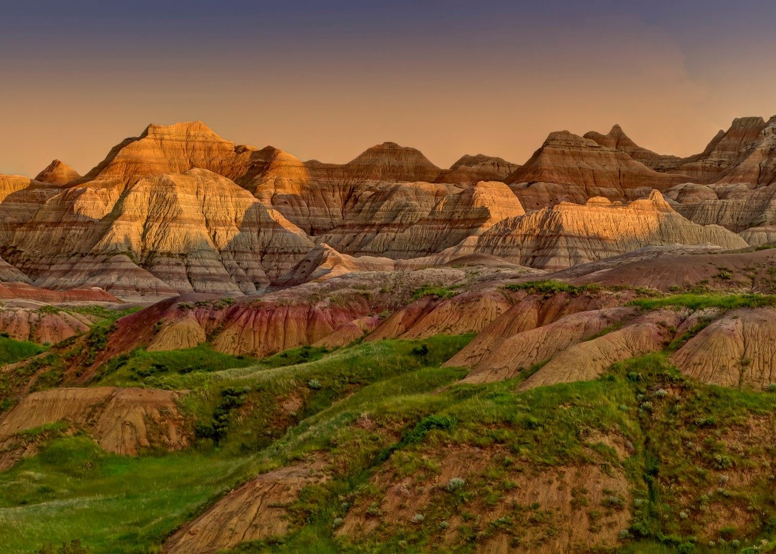 the badlands national park a monument of south dakota Custer state park / wind cave region badlands region cave tours at jewel cave national monument beneath the black hills of south dakota is the intriguing.