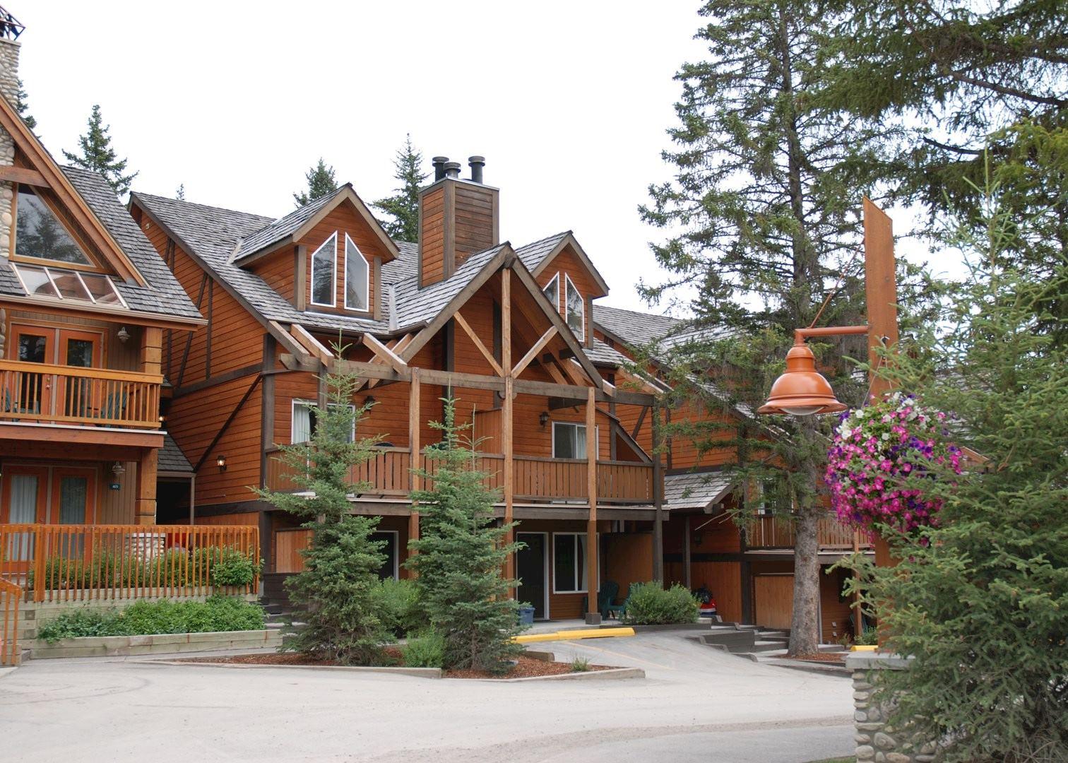 hidden ridge resort hotels in banff audley travel. Black Bedroom Furniture Sets. Home Design Ideas