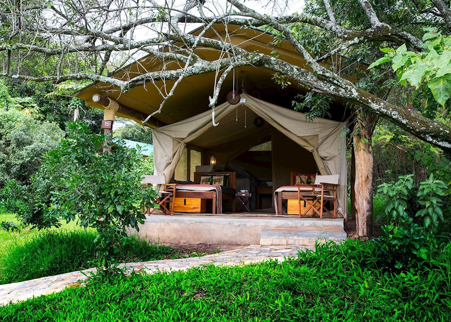 Bogani cottages tented camp audley travel for Camps and cottages