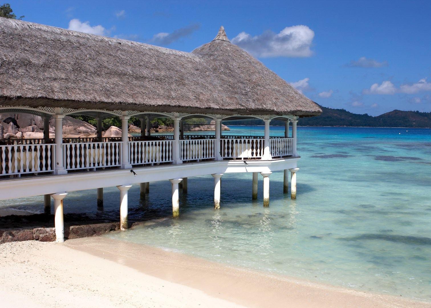 Le domaine de la reserve praslin hotels audley travel for Reserver des hotels