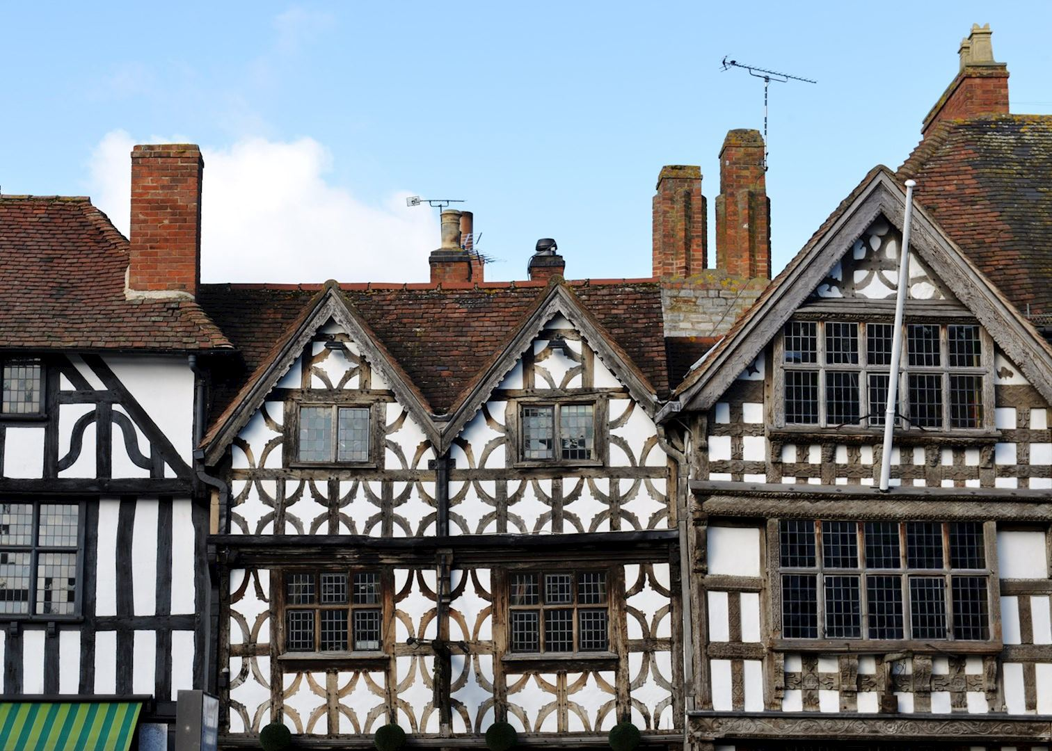 a visit to stratford upon avon Everything you need to know about visiting stratford-upon-avon  as you stroll,  imagine shakespeare taking the same route to visit the woman.