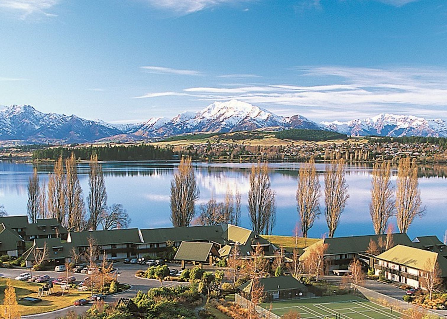 Edgewater hotels in lake wanaka audley travel for The edge water
