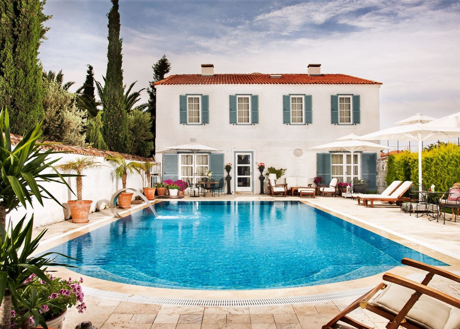 Beyevi otel hotels in alacati audley travel for Design boutique hotel alacati