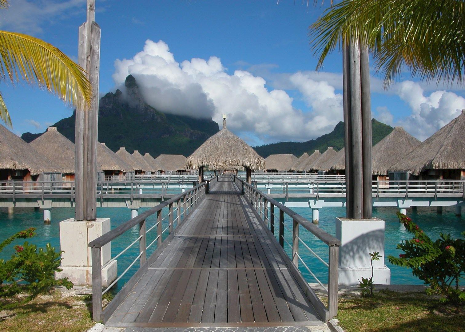 St Regis Resort Hotels In Bora Bora Audley Travel