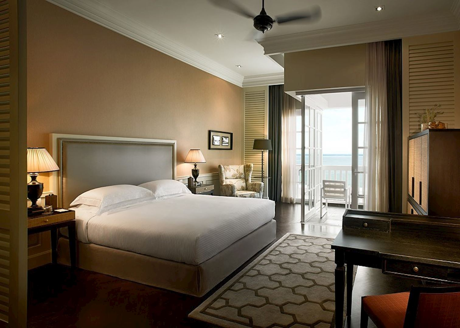 eastern and oriental The eastern & oriental hotel is a tranquil haven in the heart of penang this is a hotel with old colonial charm and the finest traditions of comfort and service right at its door step is an amazing heritage of art and architecture, festivals and food.