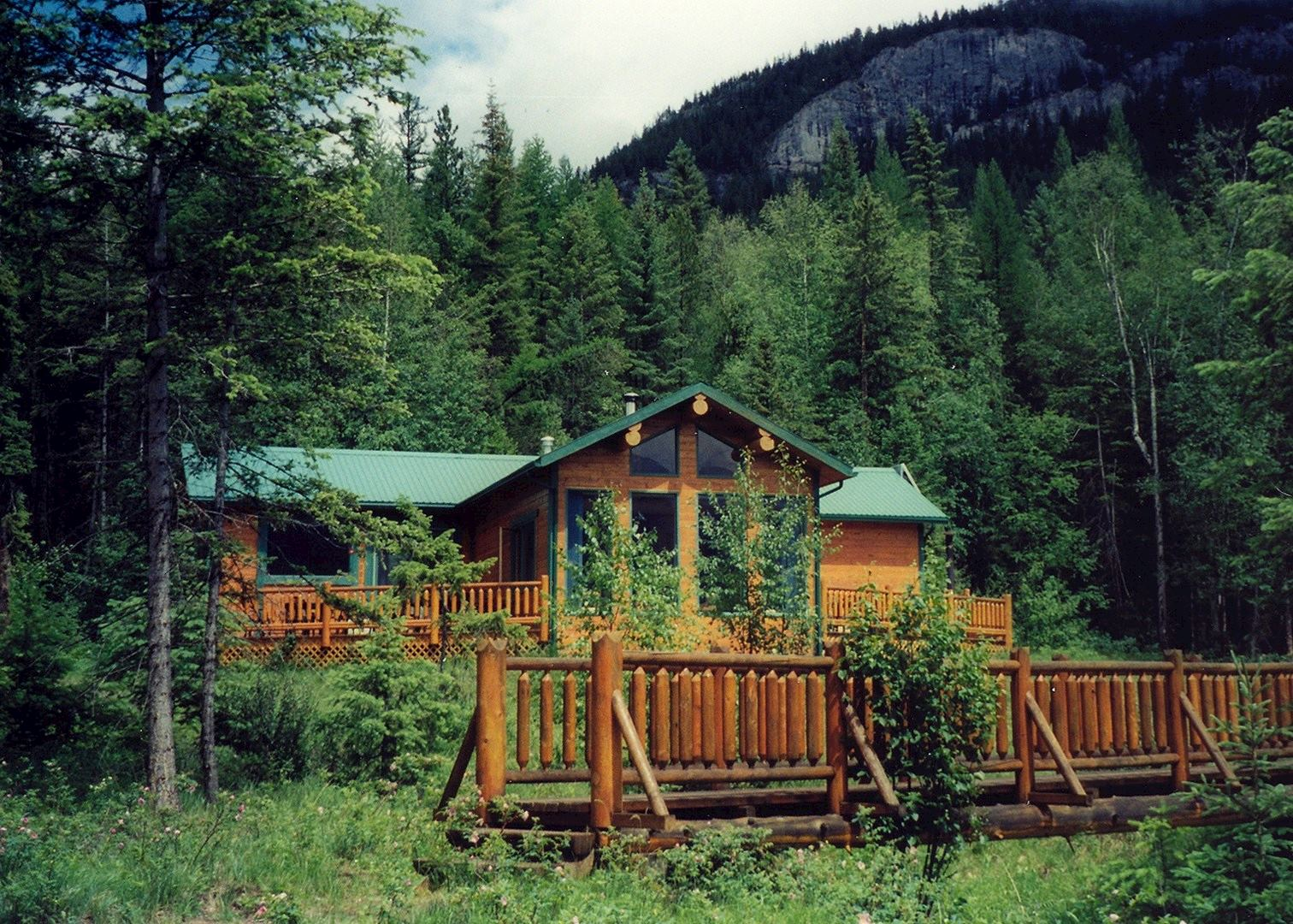 Cross River Cabins The Kootenays Hotels Audley Travel