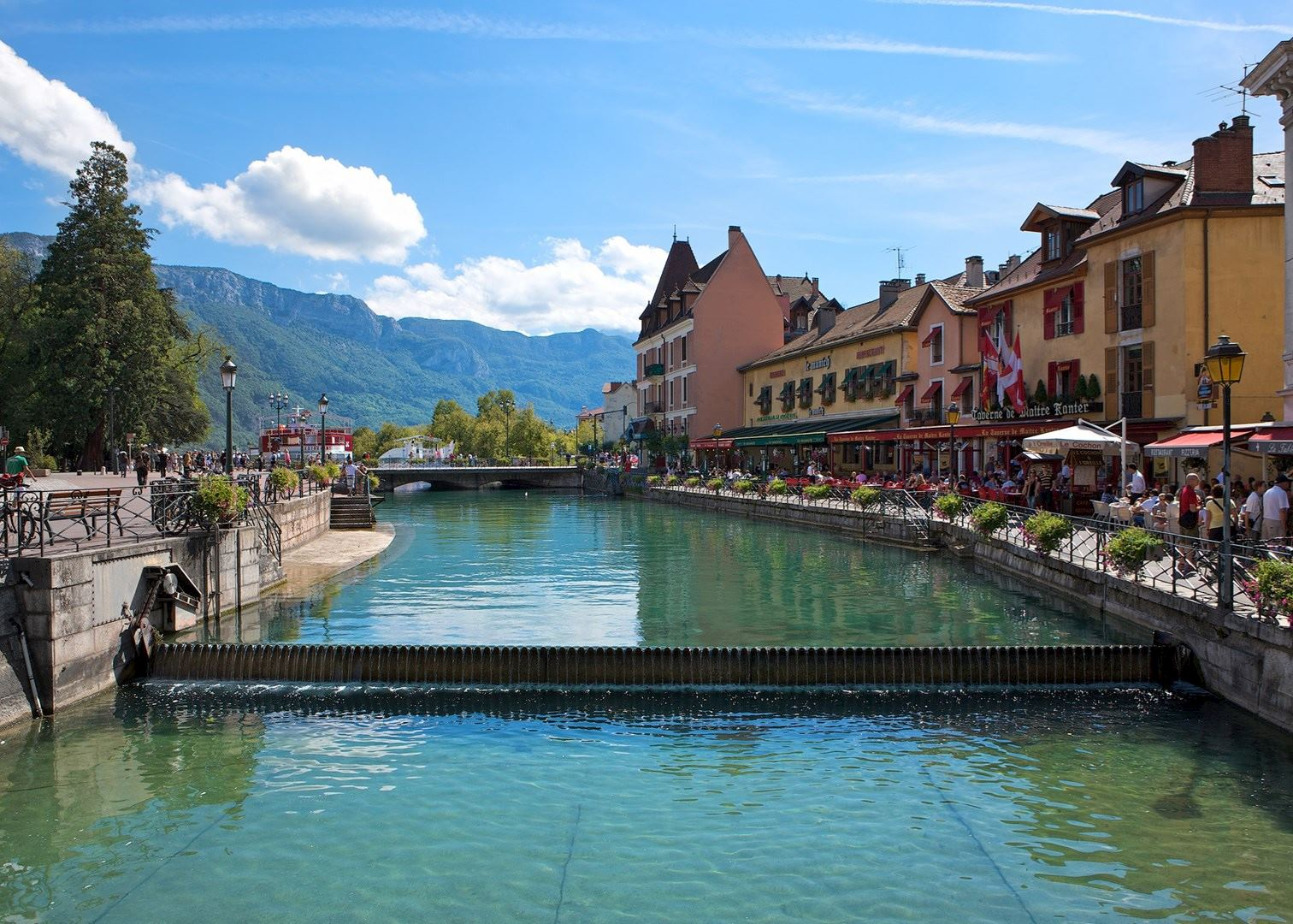 15 Best Things to Do in Annecy (France) - The Crazy Tourist |Annecy France Attractions