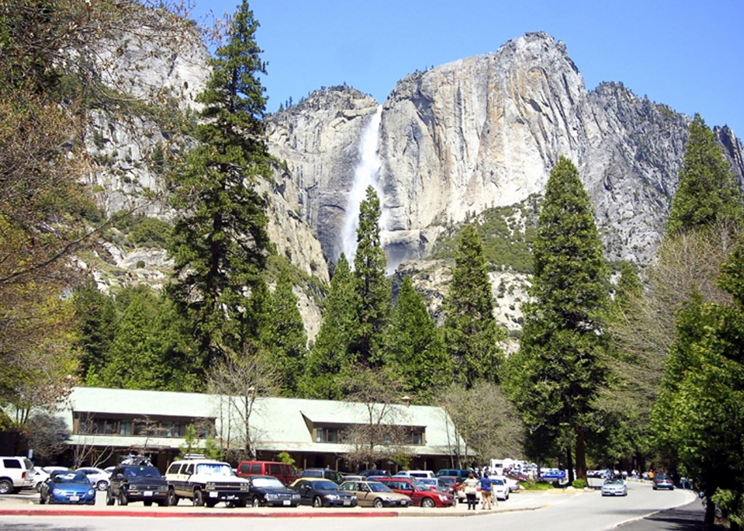 Yosemite valley lodge audley travel for Cabins in yosemite valley