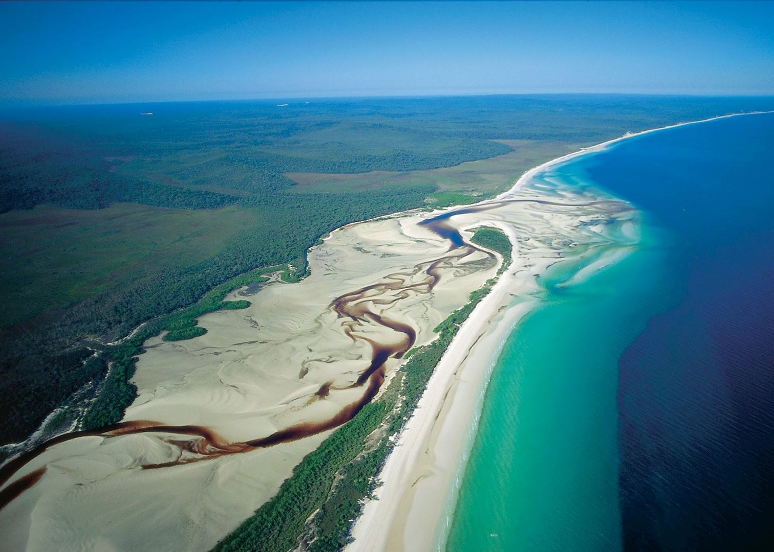 Visit Fraser Island on a trip to Australia | Audley Travel