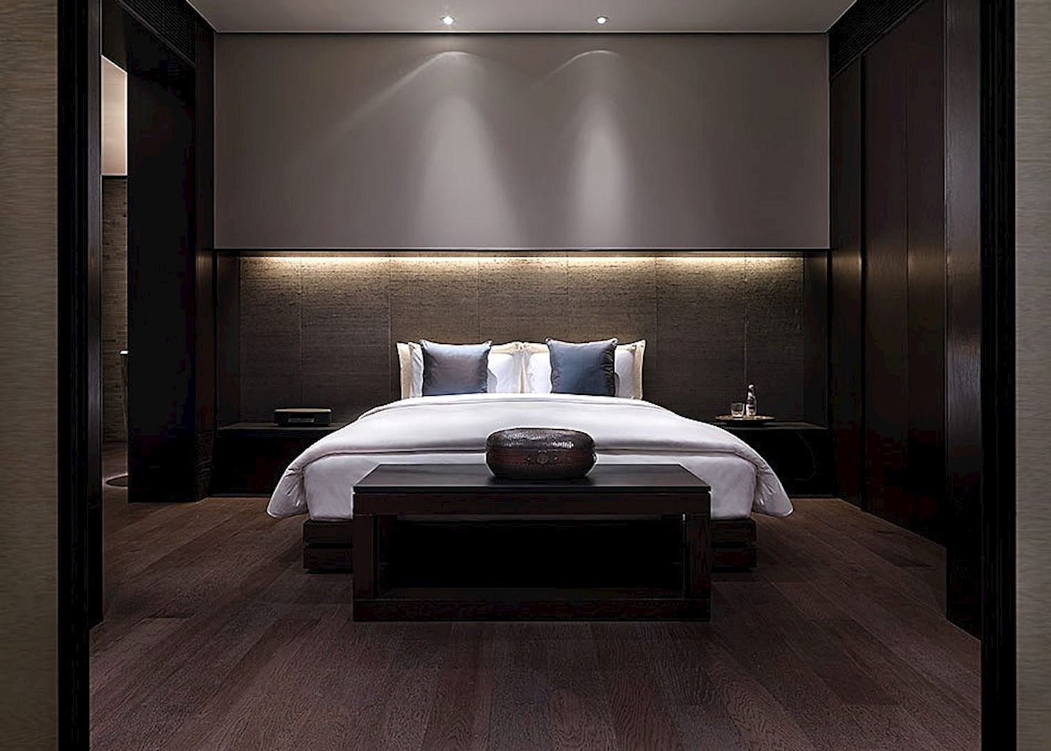 Puli hotel and spa hotels in shanghai audley travel for Modern bedroom interior design ideas 2013