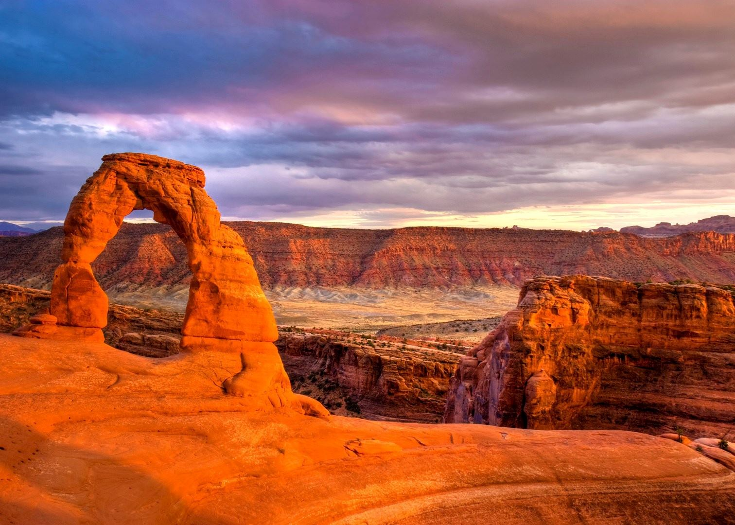 visit arches national park in the usa