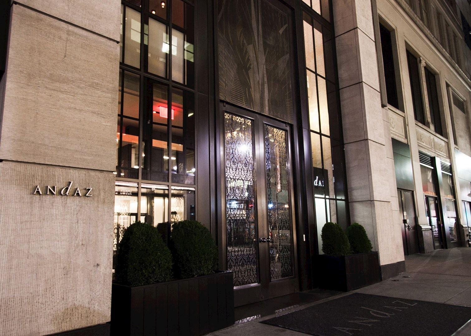 New York Th Avenue Hotels