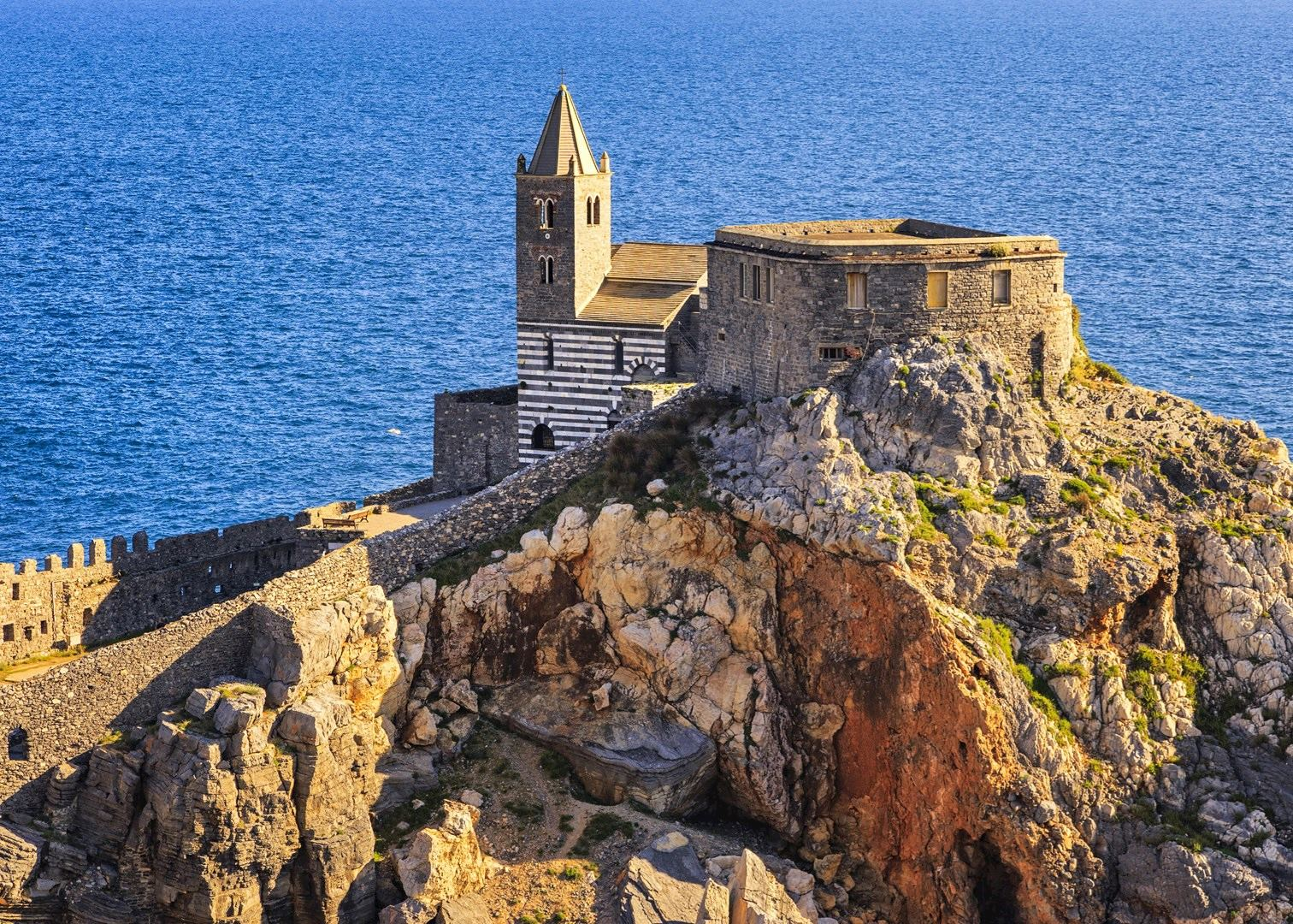 Tailor-made vacations to Porto Venere