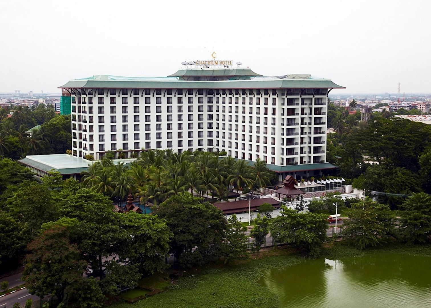 Chatrium hotel royal lake yangon hotels audley travel for Hotel royal
