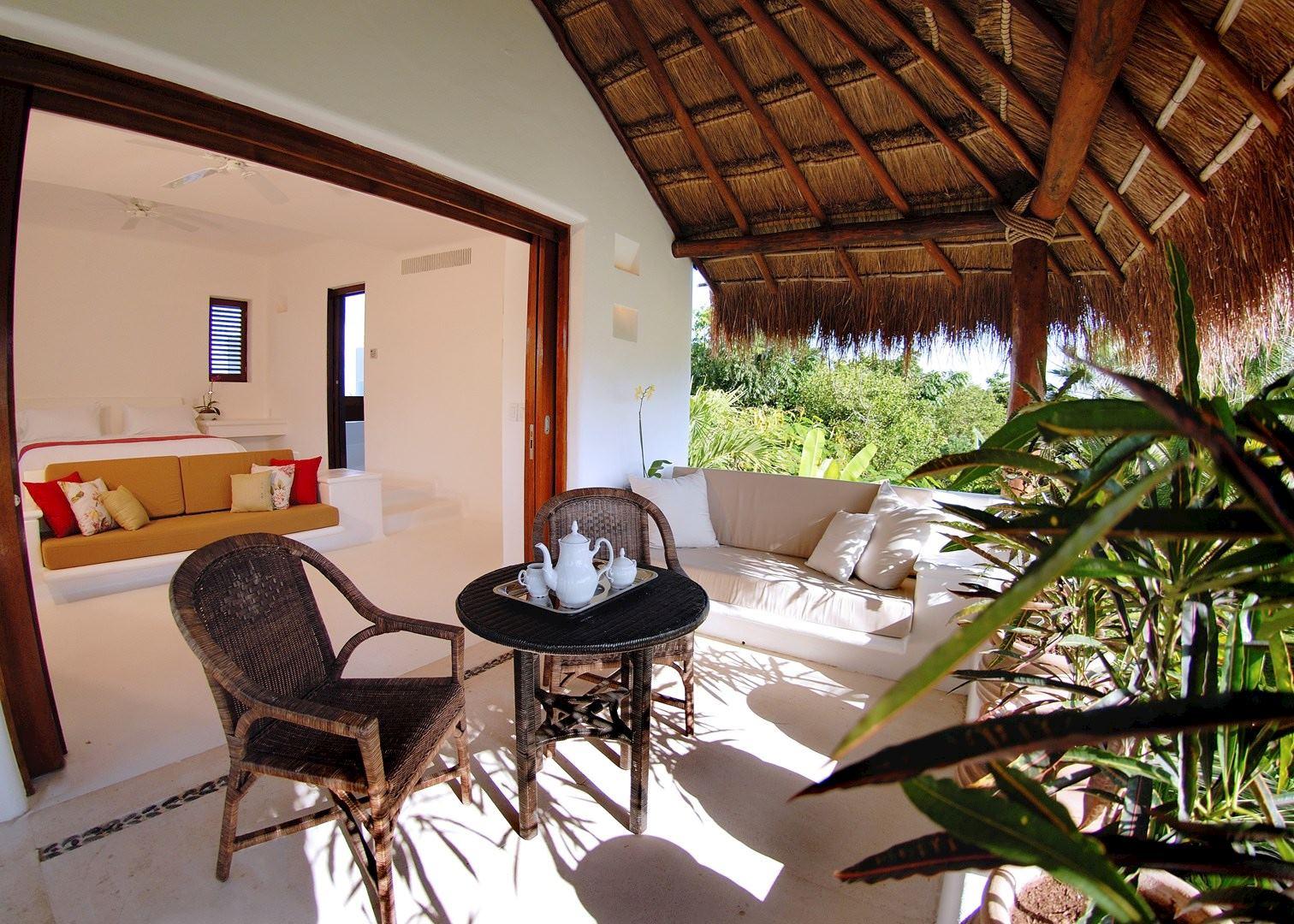 Luxury Beach Resorts Tulum Mexico Construit pour ê tre la demeure dune Duchesse i talienne Hôtel Esencia est un lieu o ù les traditions du passé s