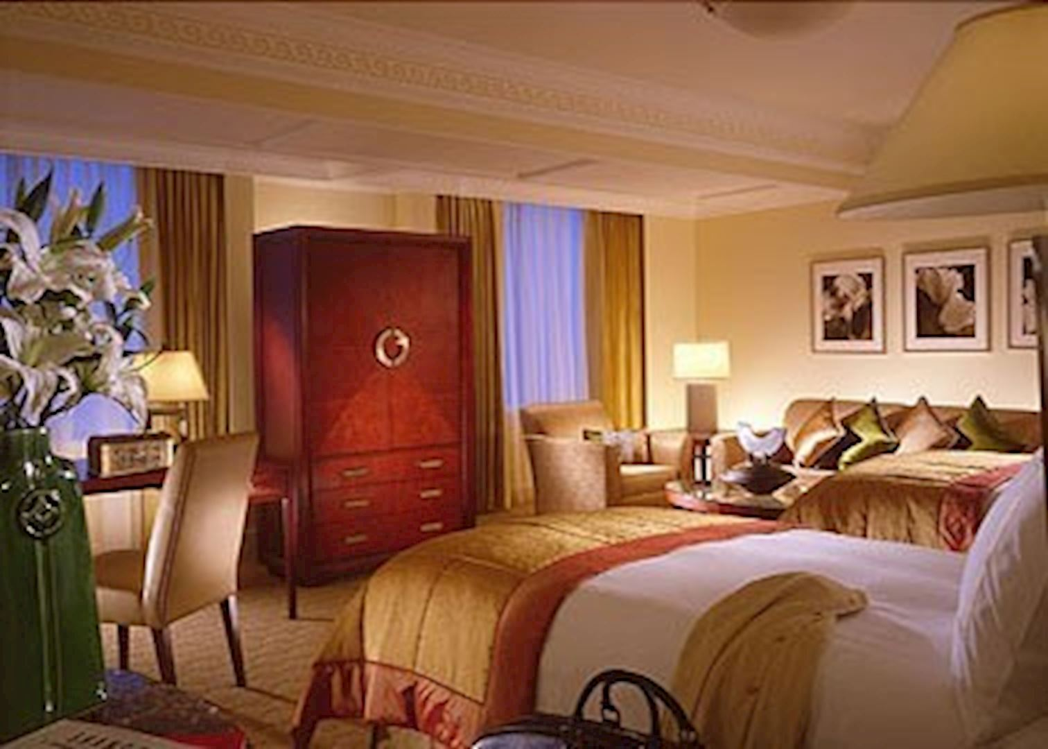Four seasons hotel hotels in shanghai audley travel Four season rooms