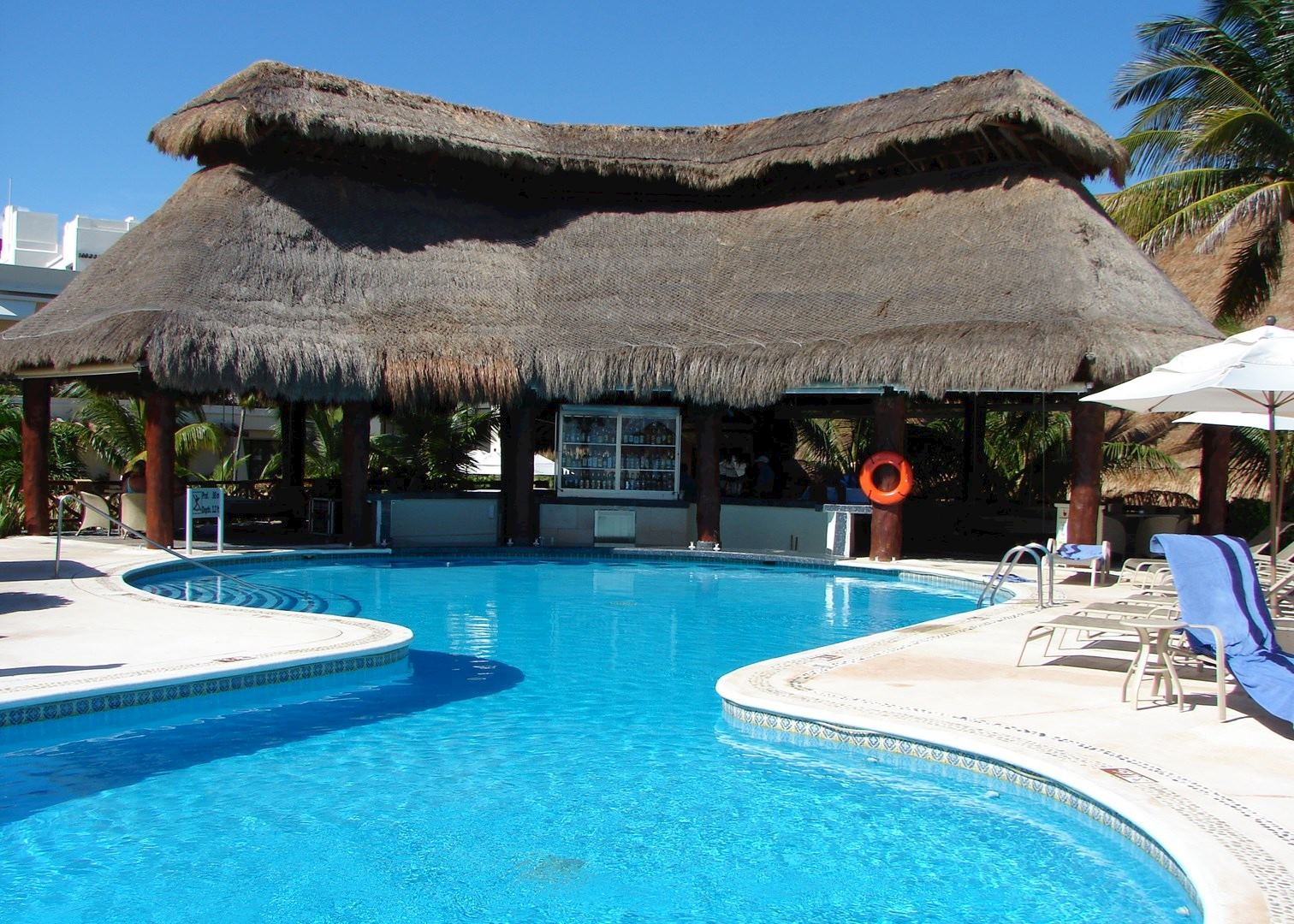 azul beach hotel the mayan riviera audley travel. Black Bedroom Furniture Sets. Home Design Ideas