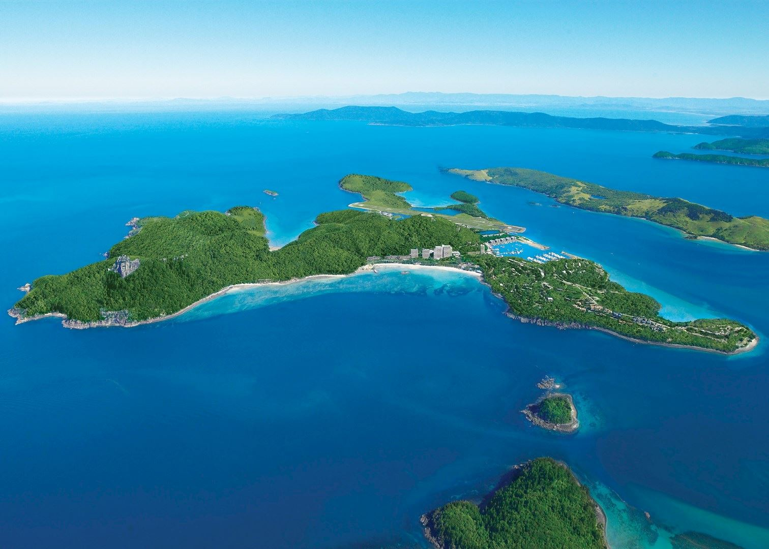 Islands Of Australia: Hamilton Island Reef View Hotel