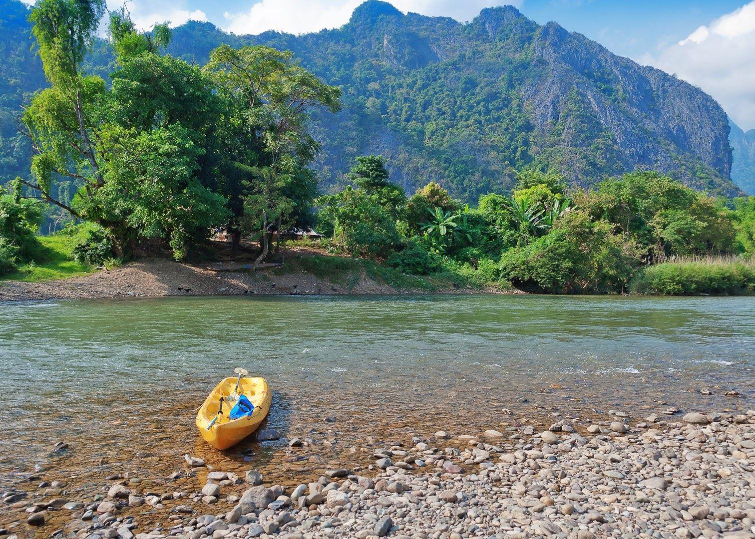 Vang Vieng Laos 2017 - DJI Drone Mavic Pro + GoPro + Canon ...   Vang Vieng Trip