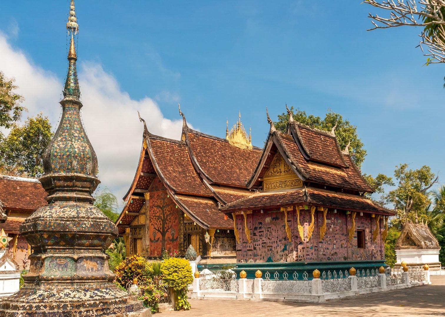 Luang Prabang Tours & Day Trips - Go Laos Tours |Wat Xieng Thong Luang Prabang
