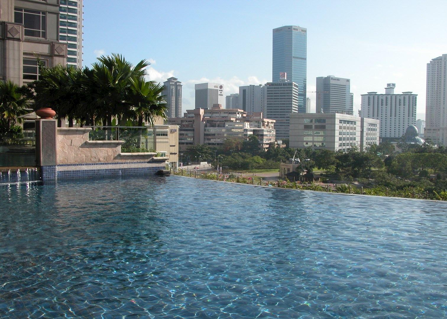 Mandarin oriental hotels in kuala lumpur audley travel - Rooftop swimming pool kuala lumpur ...