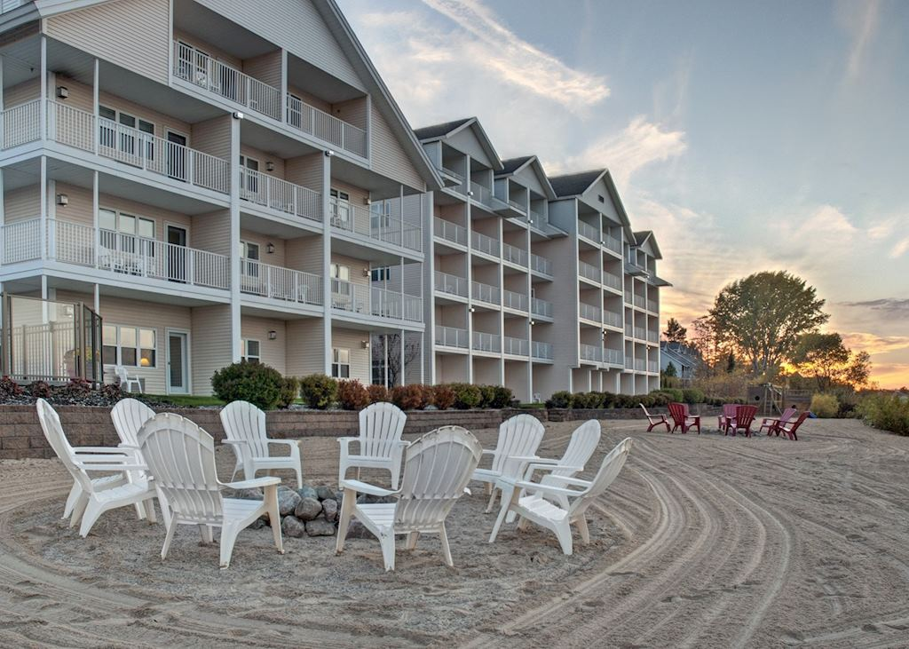 Cherry Tree Inn & Suites, Traverse City