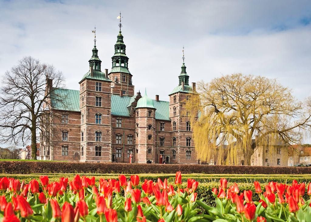 Tulips in front of Rosenborg Castle
