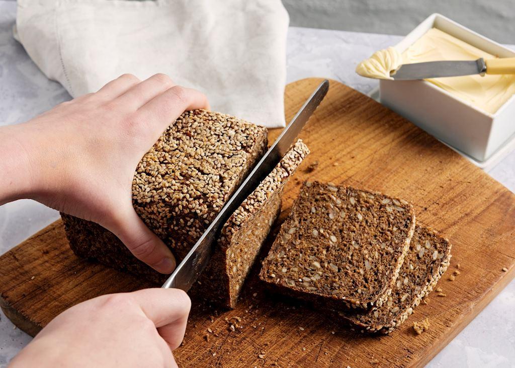 Slicing rye bread