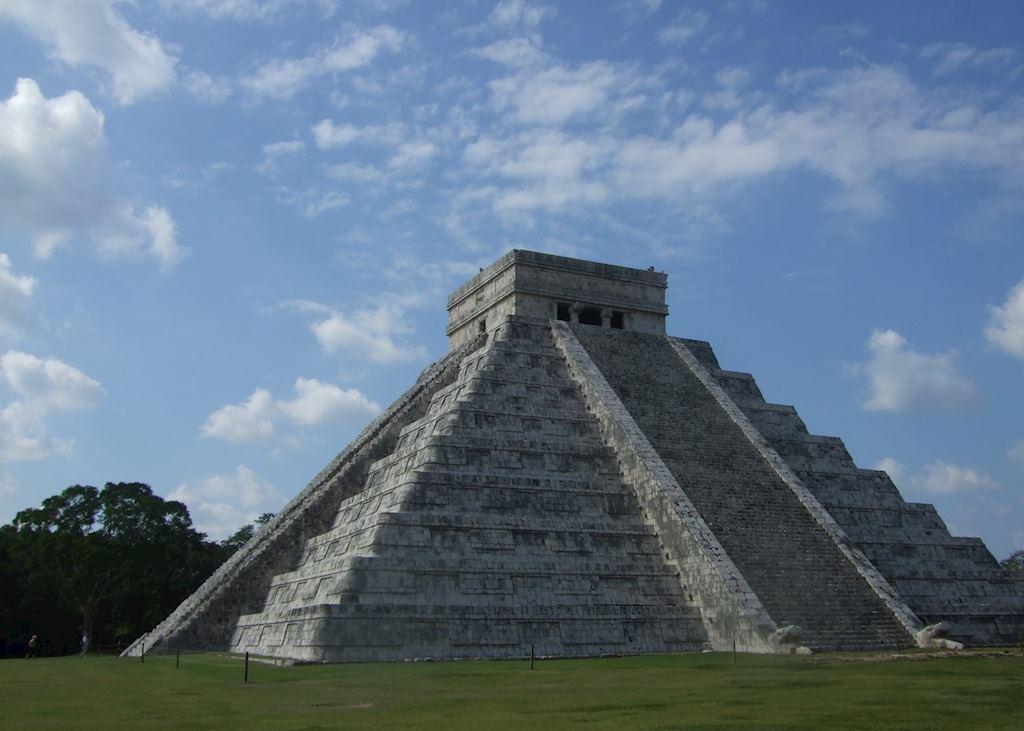 El Castillo, Chichén Itzá ruins