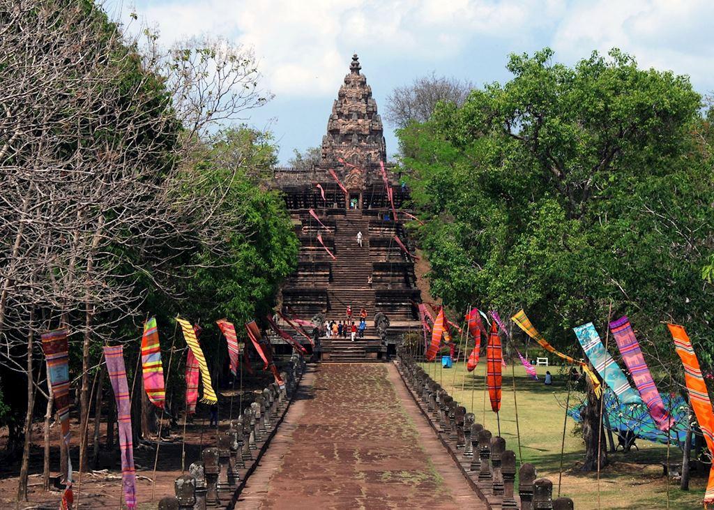 Entering through the east gate of Phanom Rung