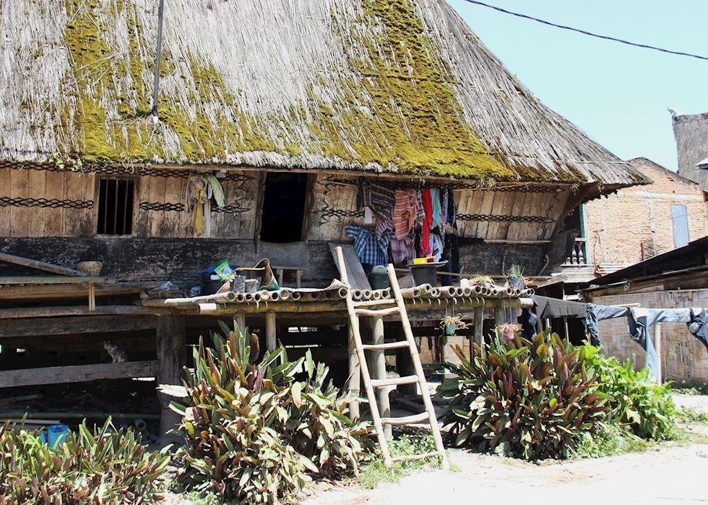 Traditional Karo Batak House, Dokan