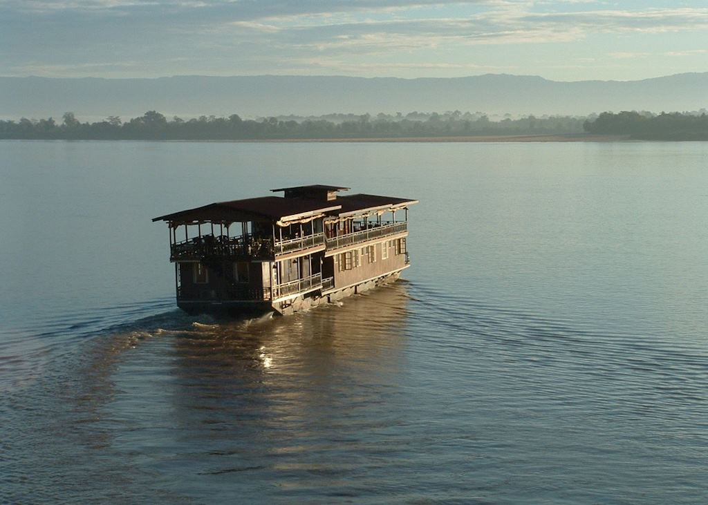 Vat Phou Cruise in the 4000 islands