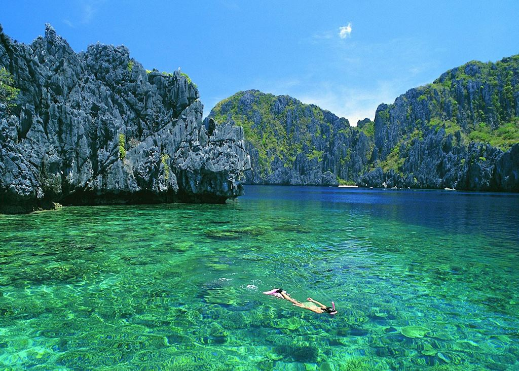 Snorkelling in the crystal clear waters of El Nido