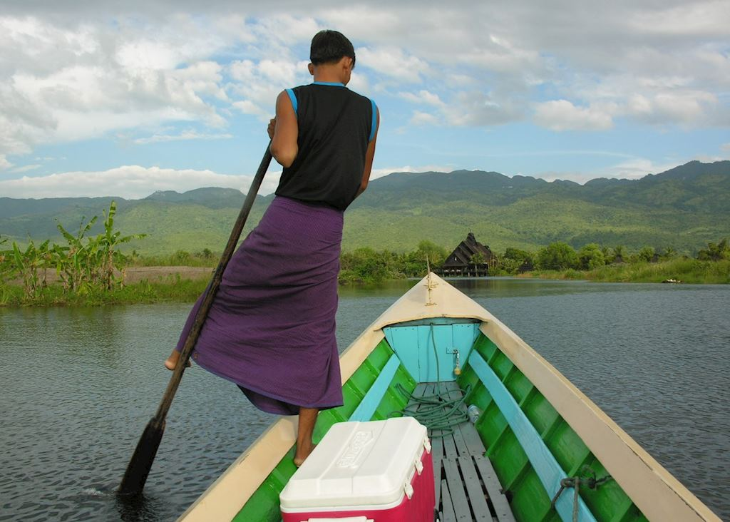 Leg rower at Inle Lake