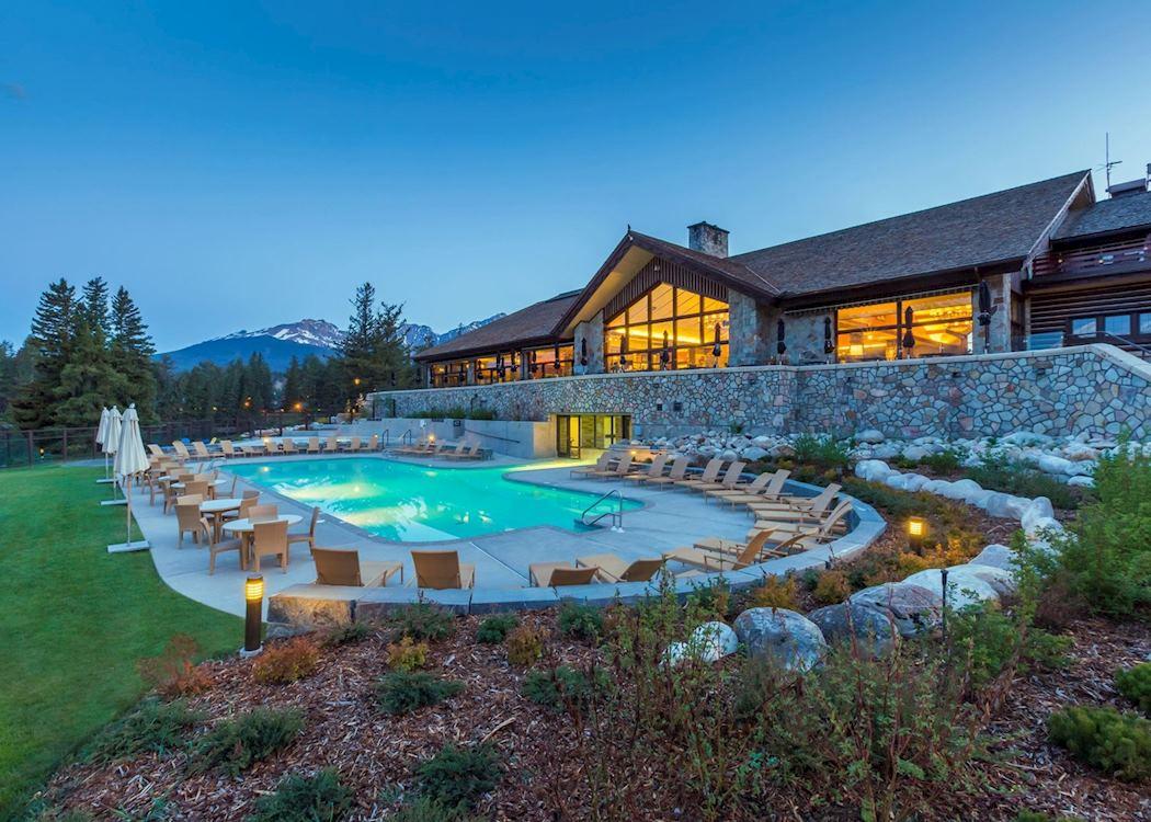 Fairmont jasper park lodge hotels in jasper audley travel for Decore hotel jasper