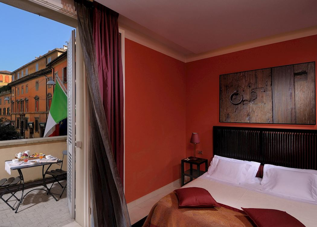 Art hotel novecento hotels in bologna audley travel for Design hotel bologna