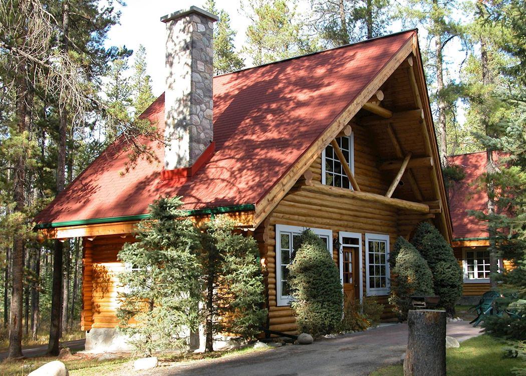 Alpine village cabin resort hotels in jasper audley travel for Canadian log cabins