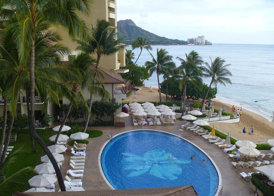 Pool Area At The Halekulani Waikiki