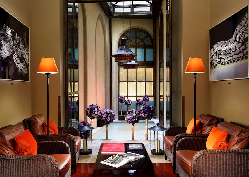hotel l 39 orologio hotels in florence audley travel. Black Bedroom Furniture Sets. Home Design Ideas