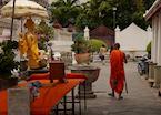 Monk, Temple of the Dawn, Wat Arun, Bangkok