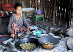 Local lady frying tempura, Monywa