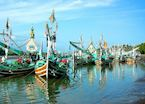 Boats around Perancak near Medewi, Indonesia