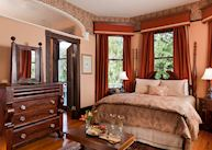 Azalea Inn & Gardens, Savannah