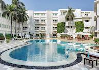 Claridges pool, Delhi