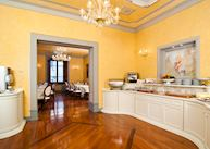 Hotel Pierre, Florence