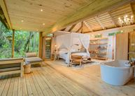 Summerfields Rose Retreat & Spa, Forest Room