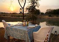 Khem Villas lake dinner